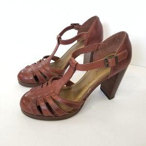 Seychelles Brown Leather Platform Sandals Size 7